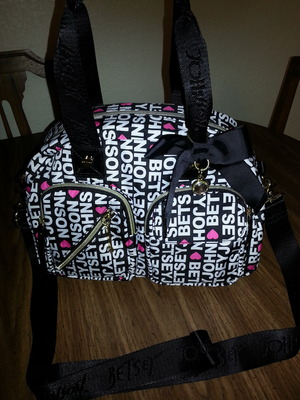 This is my new Betsey Johnson purse that I got for an amazing price!! Love it <3