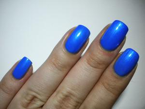 http://missbeautyaddict.blogspot.com/2012/03/31-day-challenge-blue-nails-h-blue-my.html