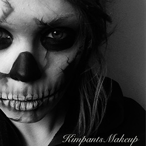 The first of my halloween looks. Tutorial will be up on Saturday on KimpantsMakeup on YouTube
