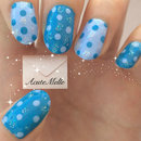 Sparkle Dots Nail Art