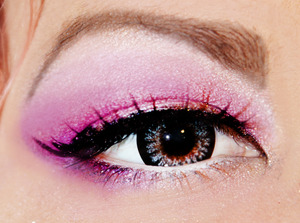 I used different shades of pink on the lid, added a little purple in the crease and lower lid. finished it with liquid black eyeliner and false lashes. Contacts are from honeycolor.com