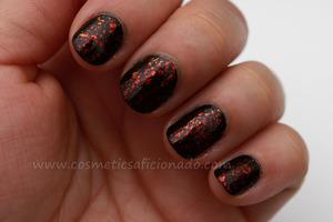 http://www.cosmeticsaficionado.com/2012/01/nail-of-day.html