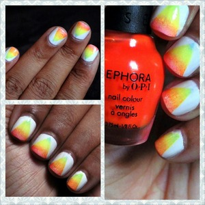Another Mani I've done a long time ago ! Waiting for summer!