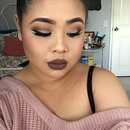 Instagram baddie cut crease and dark lips