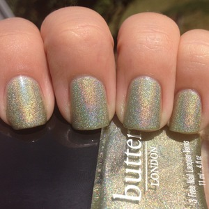 I LOVE this color!!  Full review and more photos at http://polishmeplease.wordpress.com
