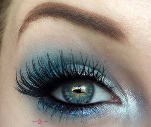 Ice, ice, baby. http://theyeballqueen.blogspot.com/2016/09/chic-frosty-shimmering-blue-makeup.html