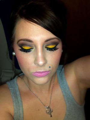 Yellow & Brown Cut Crease