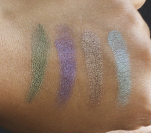 Urban Decay Book Of Shadows IV- Swatches