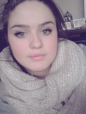 Did my make up i know i look tired :-D #peace