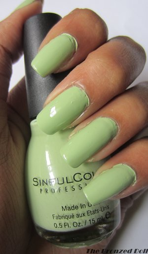 Lovely light pastel green nail polish. I think it is ideal for summer and I don't have a polish like this in my collection.