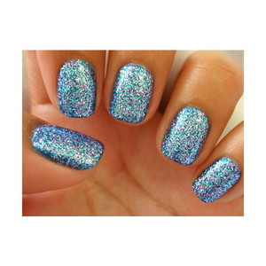 I really love this color combination with the glitter!!