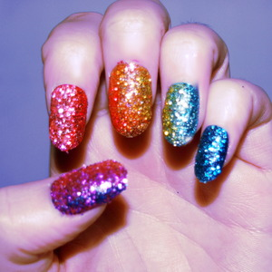I just did these with craft glitter, think they turned out well :) x