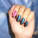Holiday Houndstooth