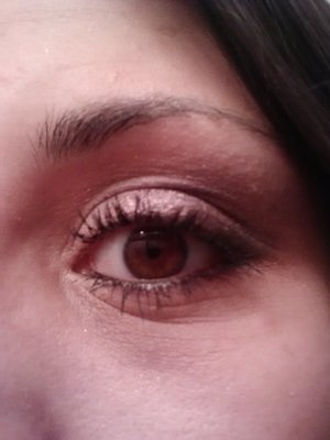 Smokey eyed thanks to the new Shadow bon Bons by Too Faced.  Colors: Framboise, Cut the Cake, and Peach Fuzz.