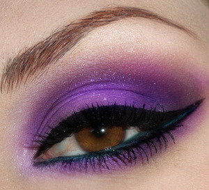 High Voltage Violet - http://bowsandcurtseys.blogspot.com/2011/09/high-voltage-violet-eyes.html