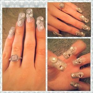 silver tip w/ swarovski crystals & silver beads around them