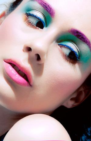 Makeup & Model: Lina Toro   Eyes: Sweetpea & Fay´s Super Duper  Blush: Sweetpea & Fay´s Shmoody  Lips: Sweetpea & Fay´s Mermaid Kiss & Beluga