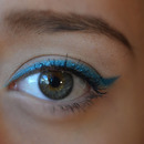 Turquoise line with Maybelline Color Tattoo