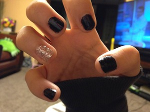 Did my little cousins nails . Thought i go for something simple :)