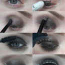How to black smokey with glitter liner