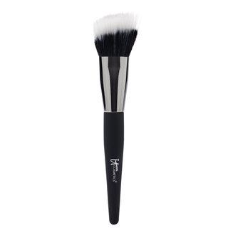Angled Radiance Crème Brush