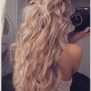 From Pinterest. Love everything about the hair