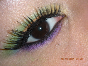 Lol!!! wasnt sure which pic was better...My Version Of Rainbow Eyes....