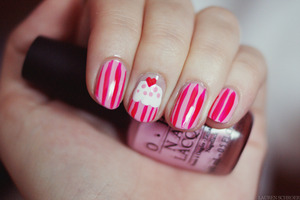 I did this look based on cutepolish's Cute Cupcake Nail Art tutorial on YouTube! I love how it turned out and it was a lot easier to do than I expected!