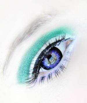 GEO Hyper Bella Violet lenses