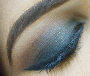 A definite staple in my makeup looks arsenal. http://blushhappy.blogspot.com/2012/04/look-extreme-smokey-eyes.html