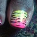 Multi-colored Animal Print right toe