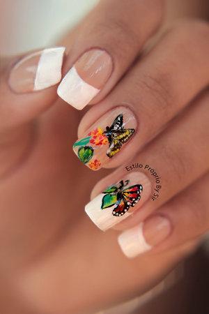 http://www.estilopropriobysir.com/2015/01/francesinha-decorada-borboleta.html https://www.facebook.com/EstiloProprioBySir http://instagram.com/sicaramos