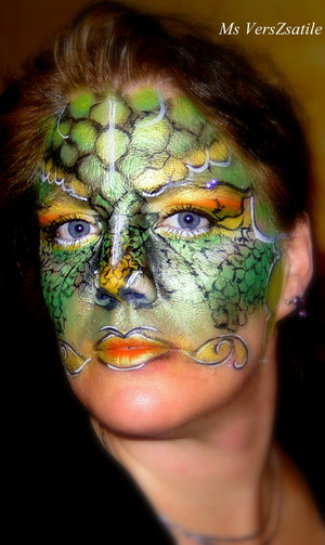 Ms VersZsatile's lady dragon