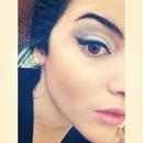 Silver/grey smokey eye with winged eyeliner! Follow me on Instagram @cherielramirez