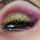 Golden Glitter with burgundy smokey!