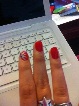 Random nail design