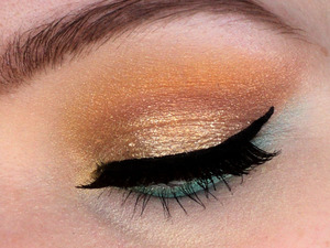 I hope you like this summery look I made. I have more pics on my profile and instagram: http://instagram.com/makeupbyeline/