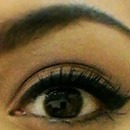 Everyday eyeliner and mascara (: