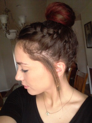 Died my hair with koolaid btw (: