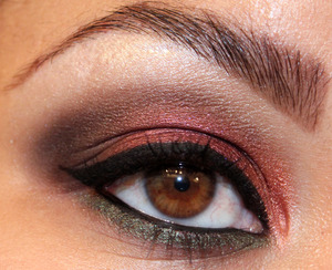 Sookie's Night Out Look!  More Pics and Products Used: http://makeupbysiryn.wordpress.com/2011/09/11/sookies-night-out-look/