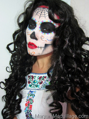 check out my matching nail art too: http://www.maryammaquillage.com/2012/10/dia-de-los-muertos-sugar-sculls.html