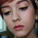 Vibrant Yellow Eyeliner