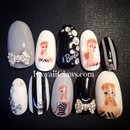 Monotone vintage Barbie gel nails!!