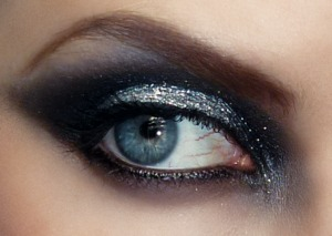 Glitter adds extra drama to the classic smokey eye. This look is from my GoT series at http://pigmentsandpalettes.blogspot.com/