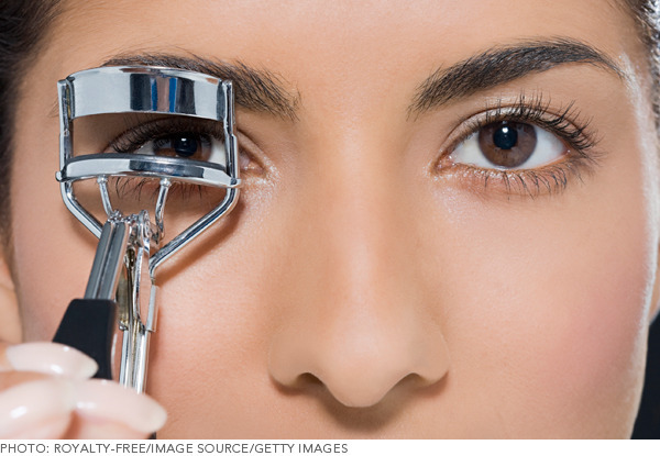 best eyelash curler. though we try to fake it with fancy mascaras and faux sets, nothing beats the eye-opening benefits of a good eyelash curler. sometimes forget about best curler