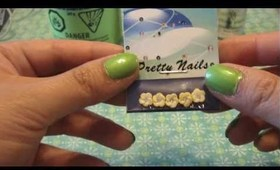 KateStyle: Green Nails with accent flowers