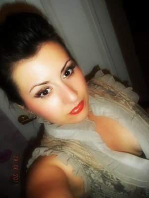 """Neutral eyes with MAC Bloggers' Obsession Collection """"Caqui"""" lipglass"""