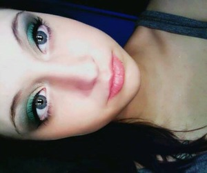 My first time using Sugarpill Midori pressed eyeshadow. To enhance the blue in my eyes, I created a smokey look around this super pigmented green. I loved it!  Other products used are Sephora white eyeliner, Sephora black shadow and a few mystery brand cream/champagne colored shadows. Elf liquid eyeliner and Falsies mascara.