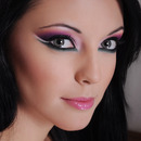 Arabic make-up