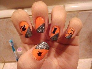 Halloween 2010... Flit A Bit (OPI) and Revvvolution (Color Club)